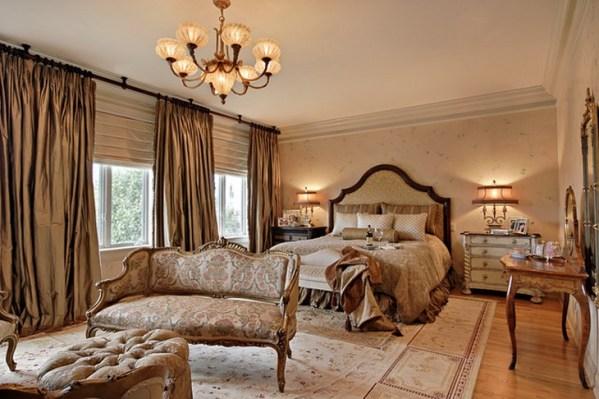 master bedroom decor 25 Stunning Traditional Bedroom Designs