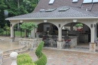 20 Amazing Transitional Outdoor Designs
