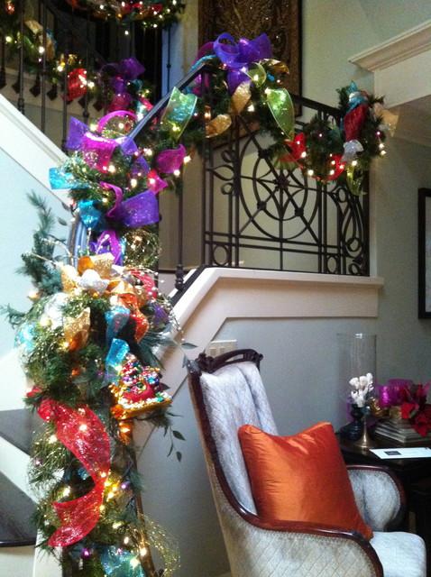 Beautiful Christmas Stairs Decoration Ideas