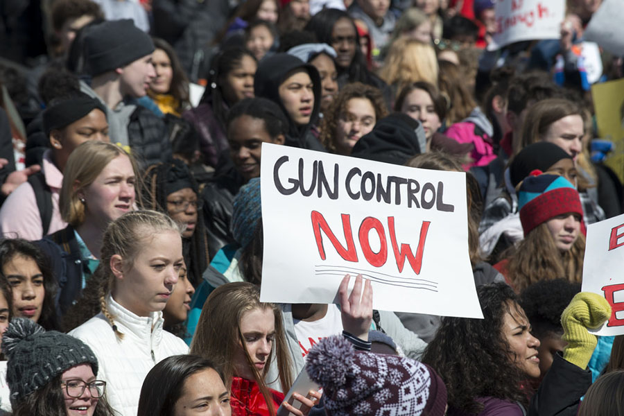 Students+are+protesting+for+gun+control+across+the+country.