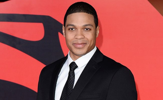 Cyborg Actor Ray Fisher Is Ripped In New Teaser Photo