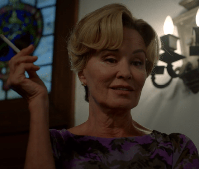 American Horror Story Heres How Ryan Murphy Got Jessica Lange To Come Back To Murder House