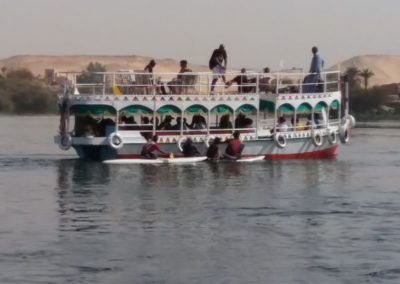 Boat to Nubian Village