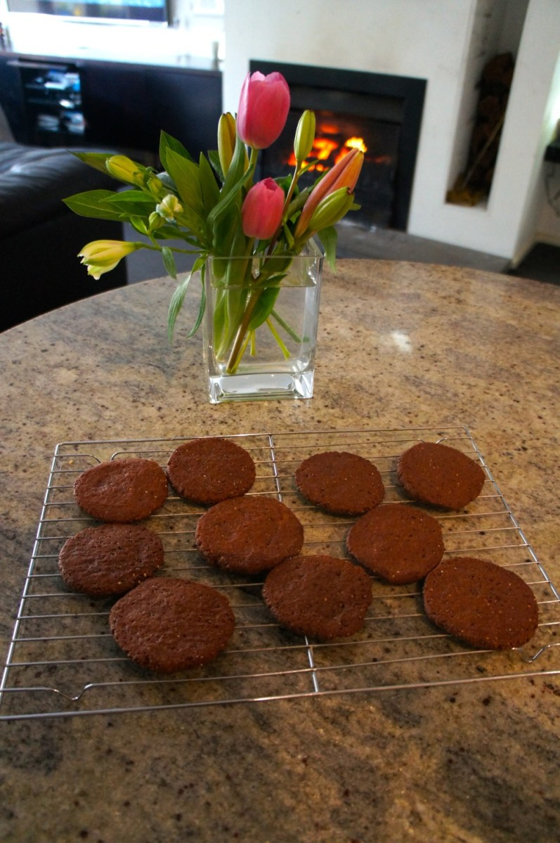 Chocolate Chia Cookies (from Deliciously Ella)
