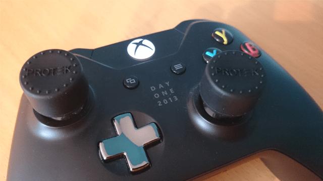 protek controller with big thumbs