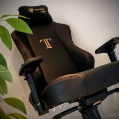 Forza Horizon 2 Gaming Chair Fold Up Secret Lab Titan Stealth Review Thexboxhub So When I Got Given The Chance To Check Out S Largest In Its Guise Was Never Going Turn It Down