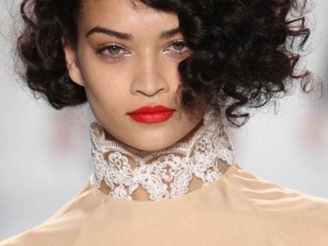 20 hairstyles for curly frizzy hair womens - the xerxes