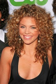 hairstyles thick curly hair