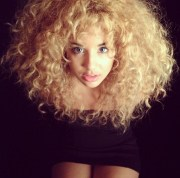 hairstyles curly frizzy