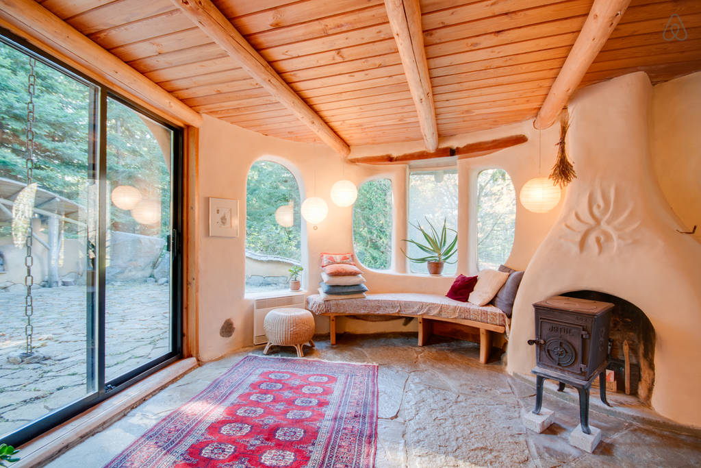 Tiny Home Designs: This Mayne Island Cob House Is Amazing