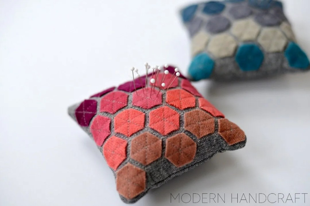 Adorable felt hexie pincushions. A great way to use up tiny felt scraps!