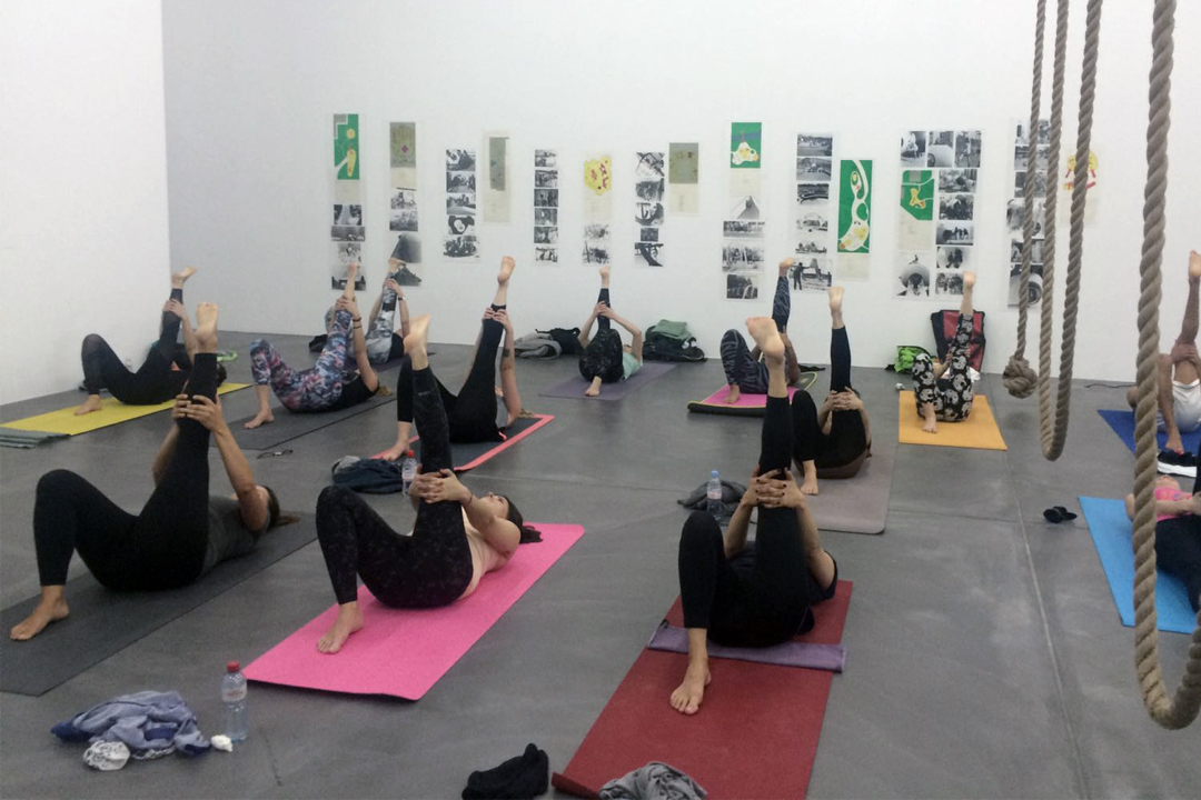 Pop up Yoga Zürich Kunsthalle