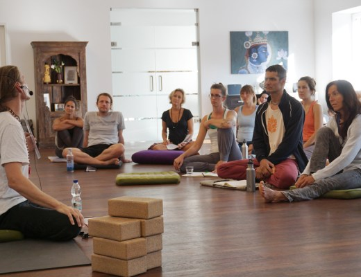 Gregor Maehle Workshop Wien Ashtanga Yoga Asana Intensive Yogamelange Guest Affair