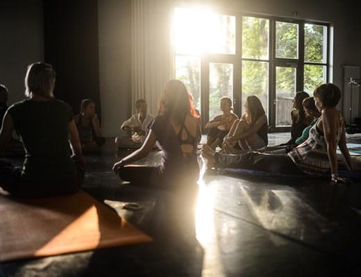 Lichtatmung Agape Zoe Festival #12 Berlin Pankow Workshop Trance Meditationstechnik Atmung Leben Transformation Erfahrungsbericht