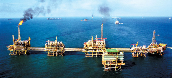 Oil drilling activity in Campeche has declined with the drop in oil prices.(PHOTO: contralinea.com.mx)