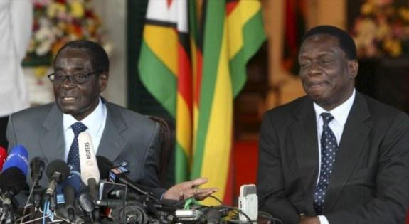 Drama As Mugabe Angrily Pushes Mnangagwa, Points Furious Finger At VP