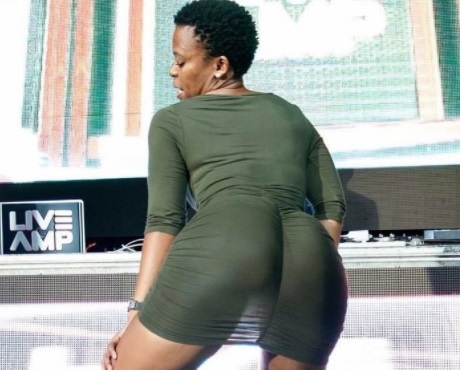 Zodwa flying to Zimbabwe despite her 'ban'
