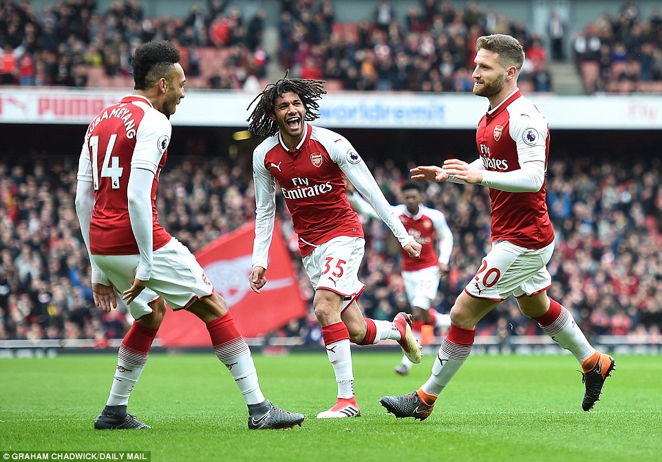 Arsenal end three-game losing streak with 3-0 victory over Watford
