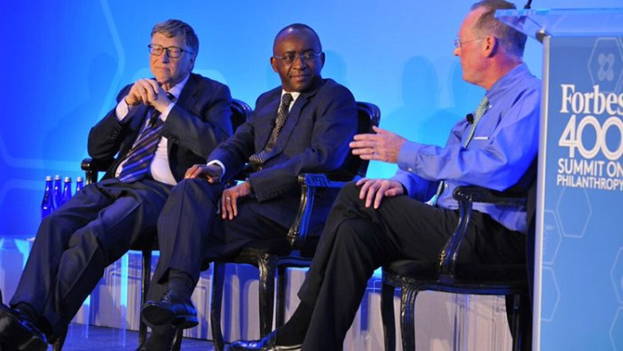 Strive Masiyiwa with Bill Gates and Dr Paul Farmer at a Forbes event.