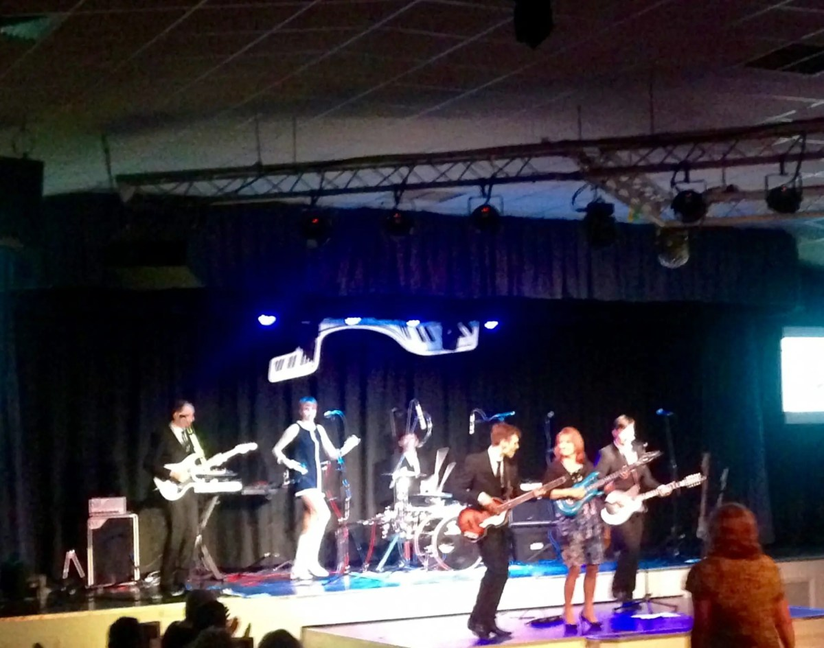 band in hants, band for hire in hampshire, The Zoots 1960s show in Hampshire