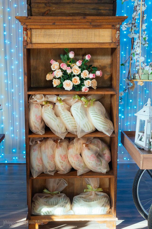 casamento-larissa-e-thiago-em-espaco-hibisco-buffet-17