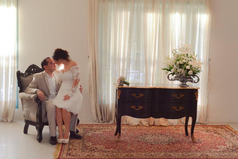 mini-wedding-thais-e-leandro-em-casa-de-moa-16