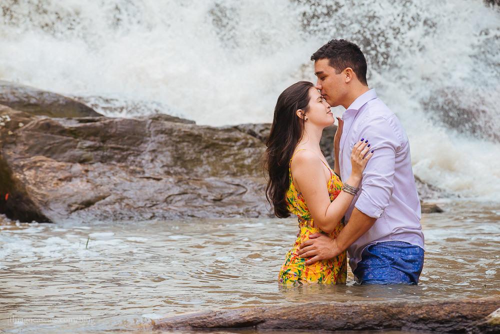 e-session-ensaio-de-casal-em-parque-das-cachoeiras-em-guaramiranga-13