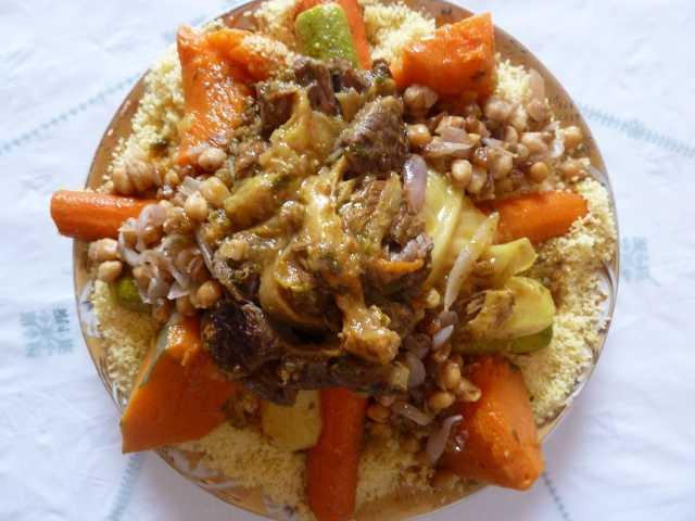 plat de couscous au boeuf