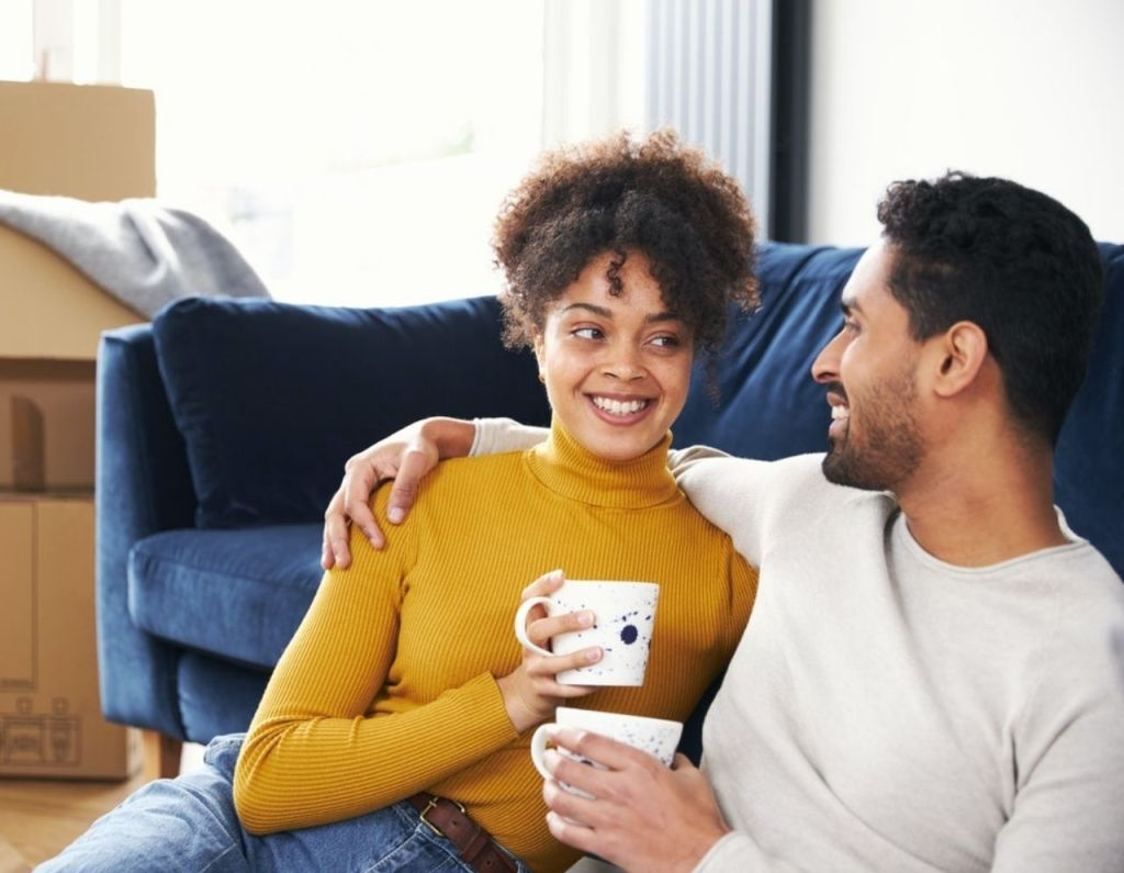 Thifsmart For the First Time, Are You Living with a Partner?