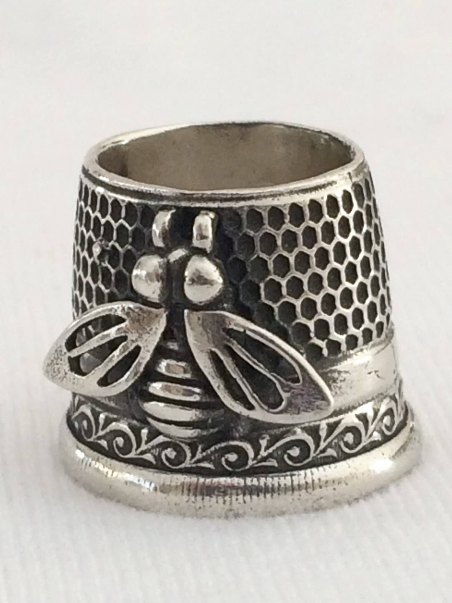 bee tailor thimble size3