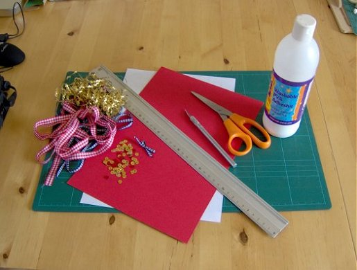 Things to Make and Do  Make and decorate a small box