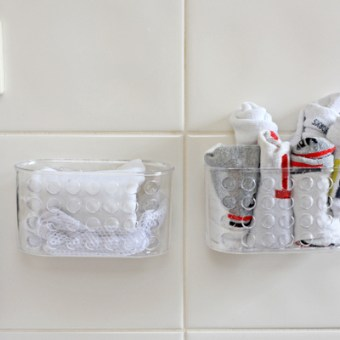 Get Organised – Laundry Storage and Dusting mittens