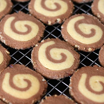 Handmade Winter: Hazelnut Spiral Cookies