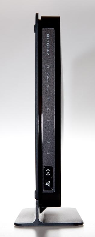 Netgear WNDR3700 Dual Band WirelessN Gigabit Router