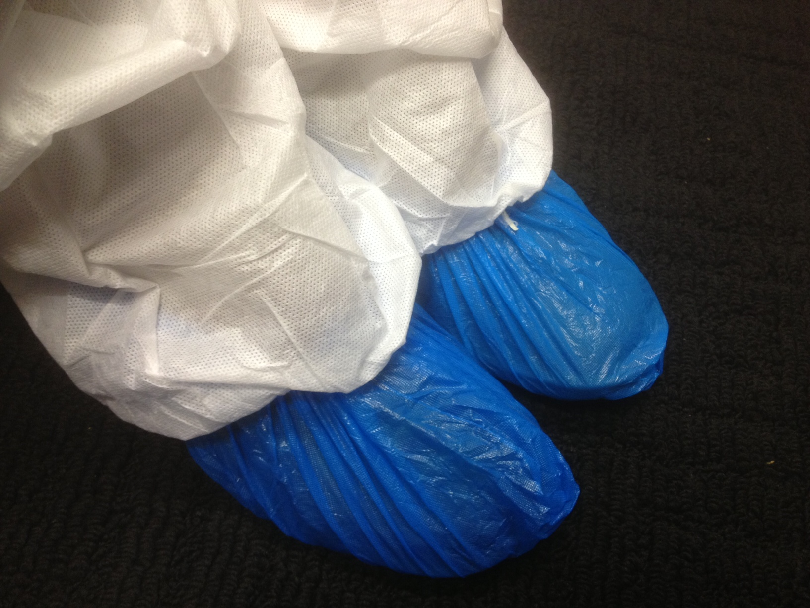 100 50 Pairs Crime Scene Overshoes