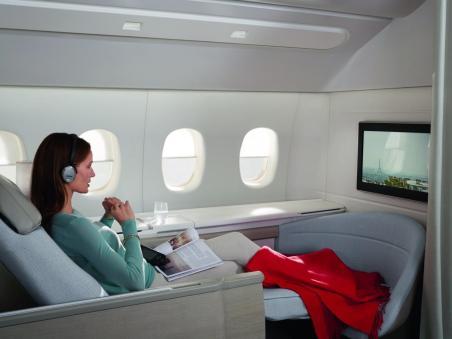 Daytime setup of La Premiére Suites on Air France.