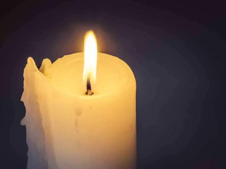 Please light a candle for the victims of the tsunami in 2004.