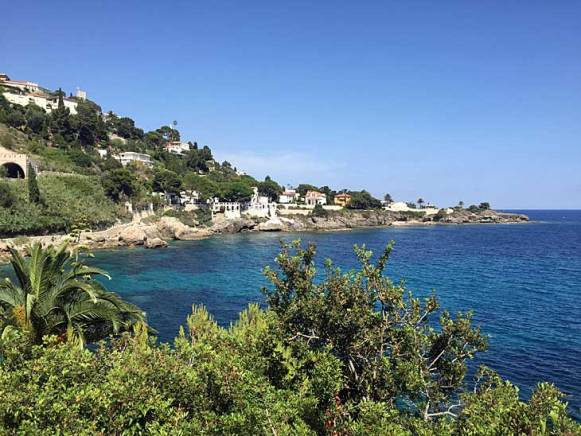 This is the beautiful coast line between Monaco and Cap D´Ail in France.