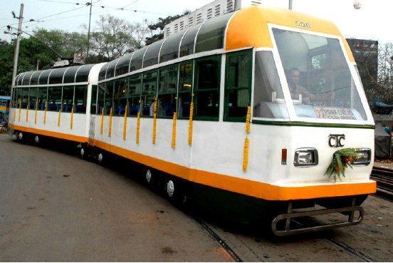 Trams Calcutta.