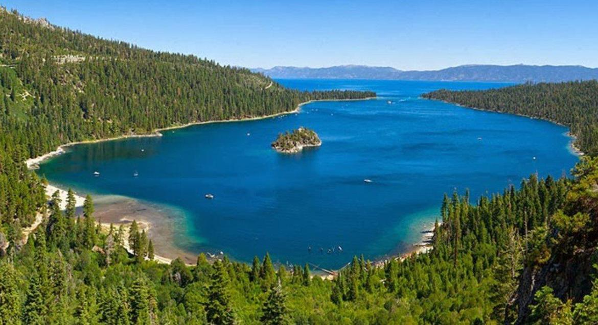 Thus, Tahoe National Forest along with Lake Tahoe Basin is one of the best  areas to go for camping in California.
