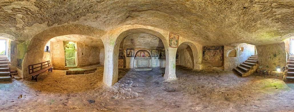 cripta madonna grotta ortelle civiltà rupestre puglia e basilicata