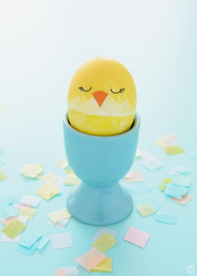 Confetti-filled chick egg | thinkmakeshareblog.com