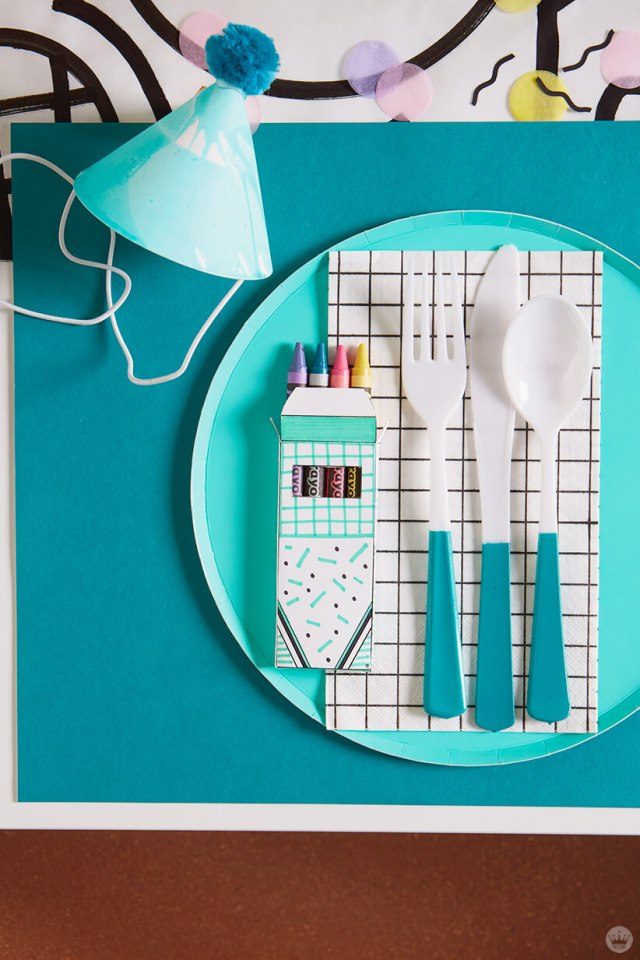 Retro party place setting