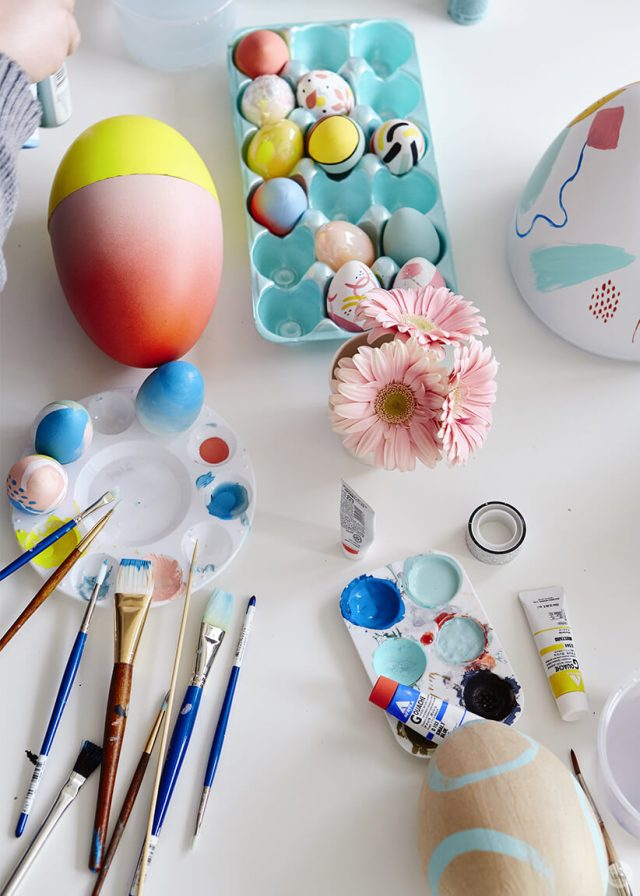 2019 Easter egg decorating ideas: Paint supplies