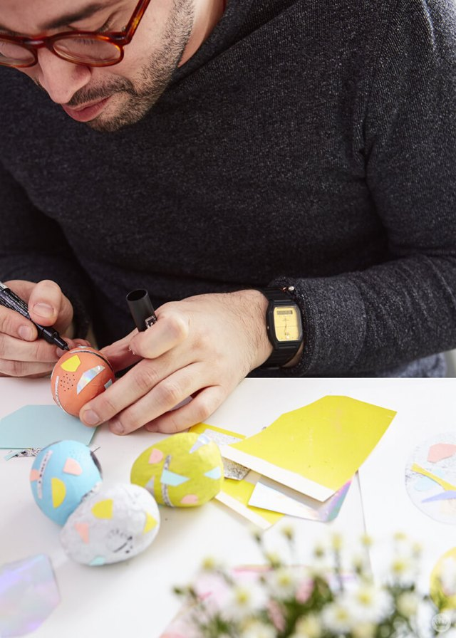 2019 Easter egg decorating ideas: Decorating with a paint marker