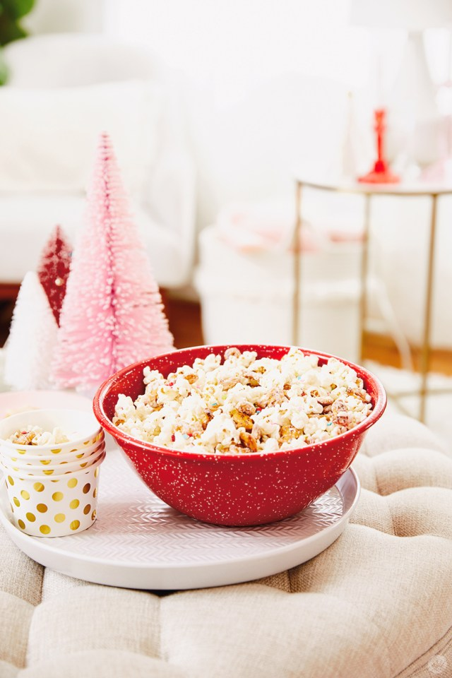 Hallmark Channel Christmas movie watch party recipes: Reindeer crunch popcorn