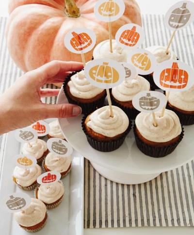 Halloween Cupcake Toppers | thinkmakeshareblog.com