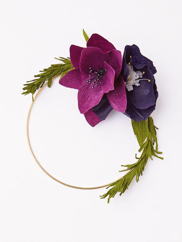 DIY crepe paper flower wreath