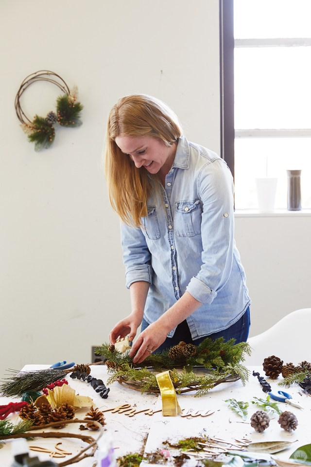 Modern Christmas wreath ideas: Building a grapevine wreath