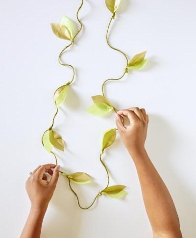 DIY paper vine garland | thinkmakeshareblog.com